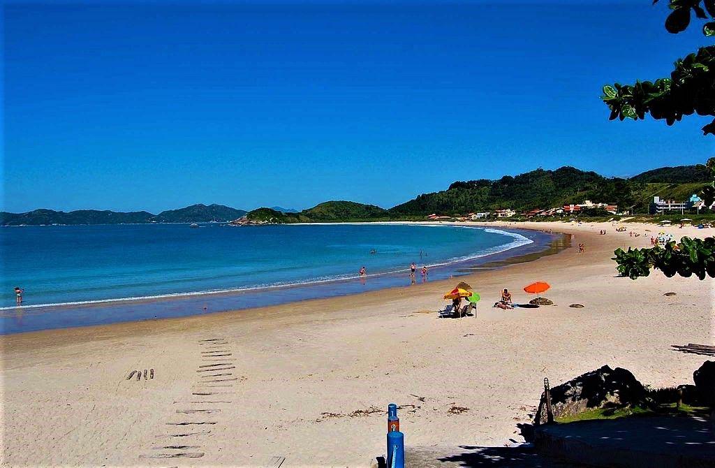4 Ilhas Bombinhas  Praia